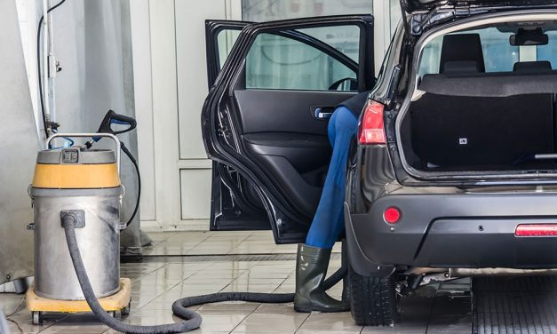 How to Vacuum your Car like a Pro