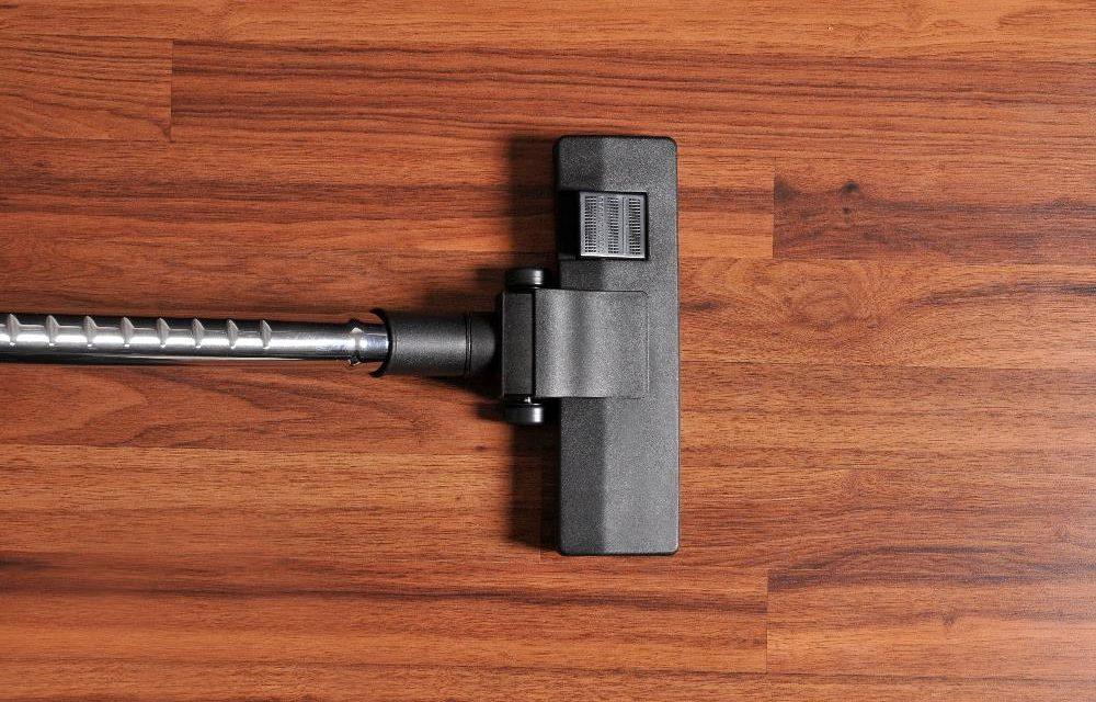 Best Vacuum for Hardwood Floors – 6 Top Options for 2020