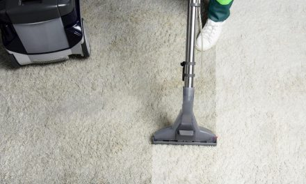 How to Use a Hoover Carpet Cleaner