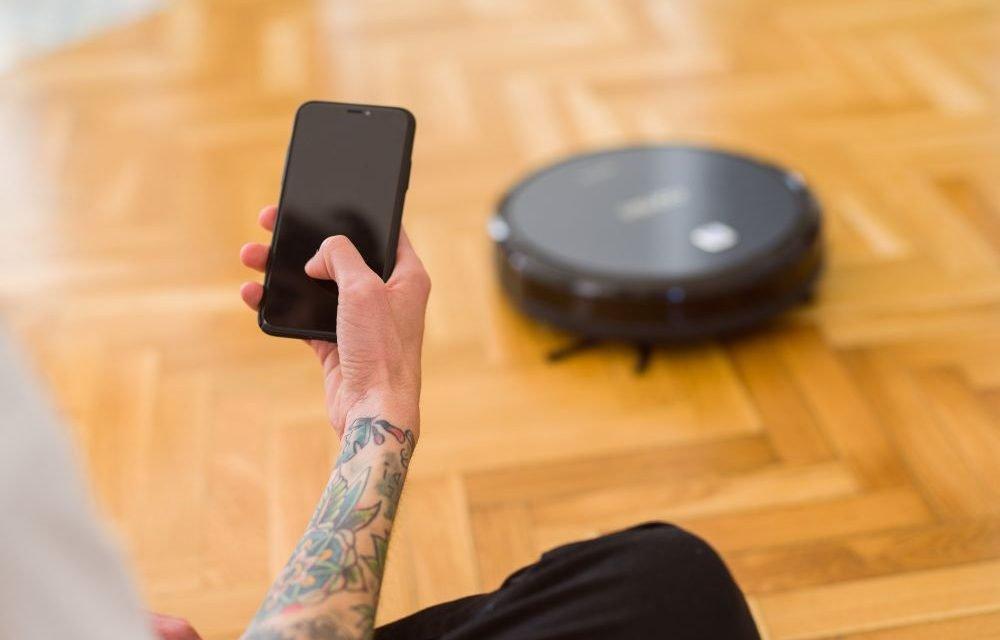 Roomba vs Samsung Robot Vacuums